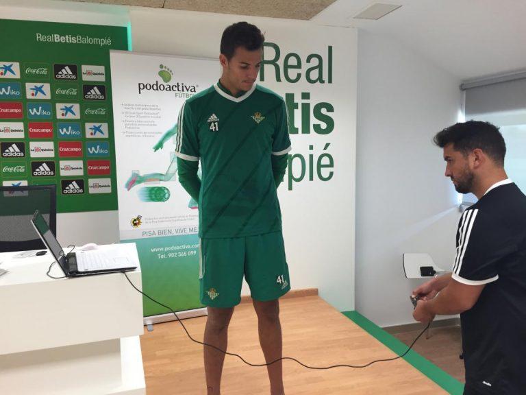 Los jugadores del Real Betis lucirán esta temporada espinilleras de fibra de carbono Podoactiva Elite Protection